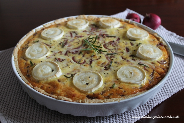 Rote Zwiebel Tarte mit Ziegenkäse Food Blog Himbeerprinzesschen
