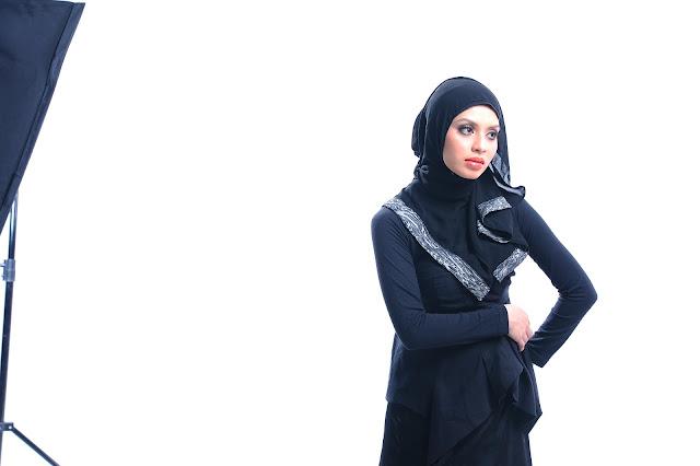 Online entrepreneur Adibah Karimah photoshoot by Hafiz Atan