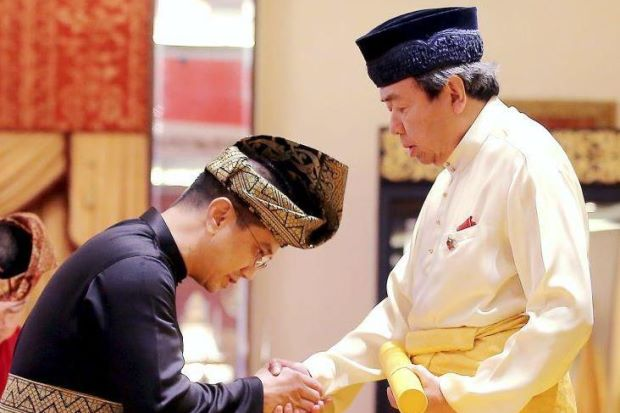 sultan-mb-azmin-ali