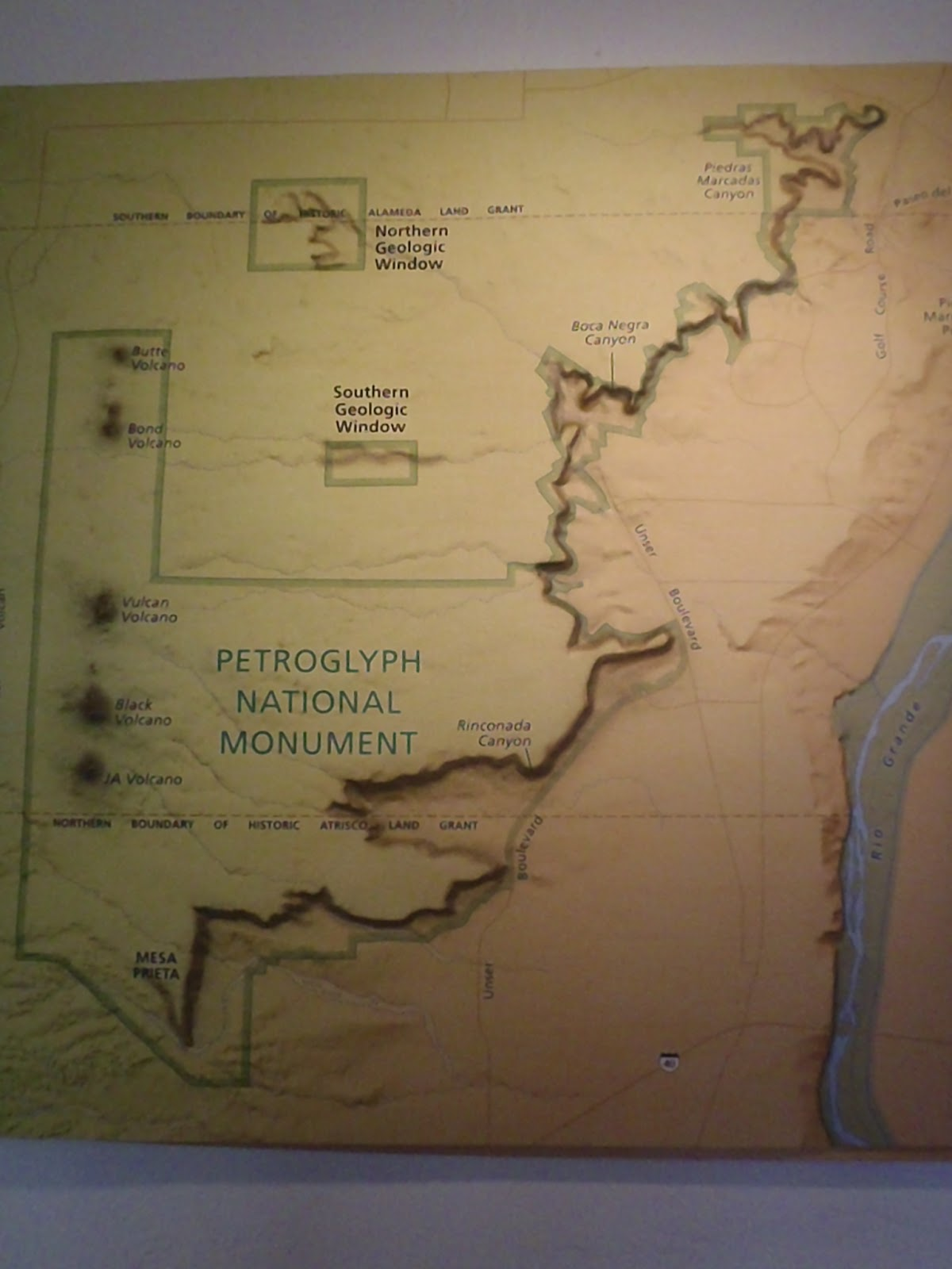 map of petroglyph national monument