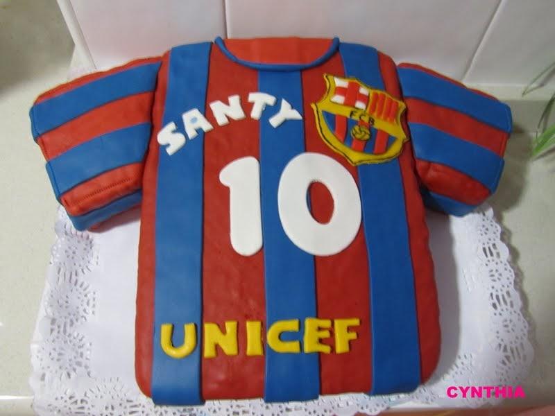 Las recetas de cynthia tarta fondant camiseta bar a - Lucio barcelona decoracion ...