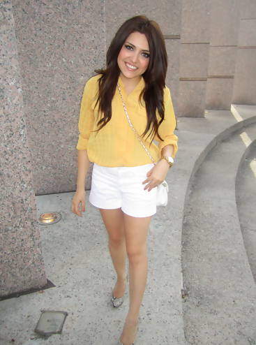 Yellow Blouse Outfit 65