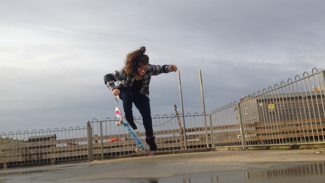 FitBits | My first ollie - learning to skateboard