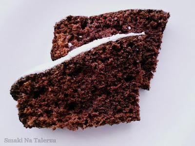 ciasto kakaowe z kefirem, ciasto czekoladowe z kefirem, murzynek