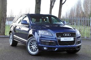 blue body Audi Q7 Diesel 3.0 Tdi