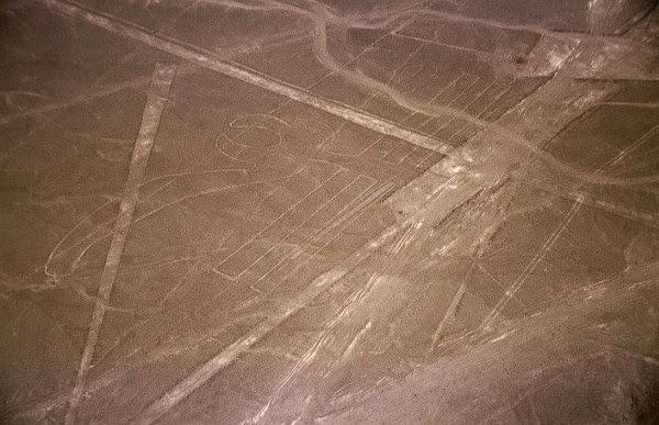 Foto Udara Nazca, Garis-Garis Nazca