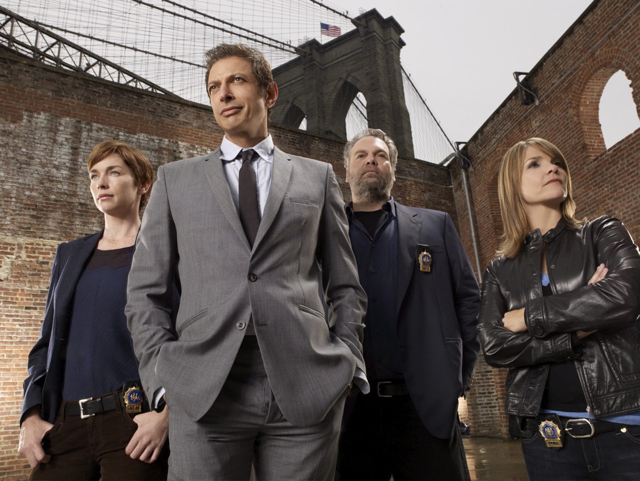 http://2.bp.blogspot.com/-TLKUH7ovhtk/TeUQ7UslmhI/AAAAAAAAgiY/UQG9K-F4O3o/s1600/law-order-criminal-intent-cast-photo-series-8.jpg