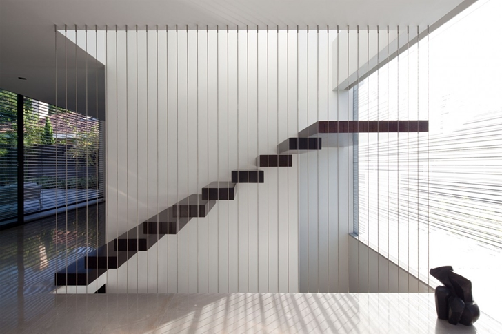 Minimal stairs in Modern Bauhaus Mansion In Israel