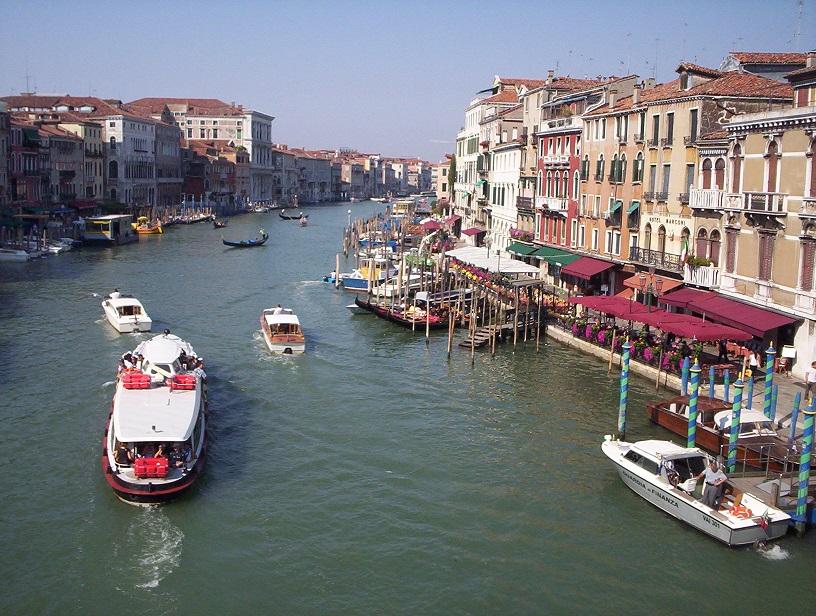 Grand-Canal-Venice-Italy-2006-Sealiberty