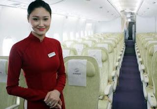 Ao dai, Áo Dài. Azafata Vietnam Airlines
