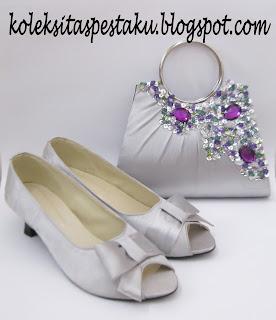 Tas Pesta dan Sepatu Pesta Silver Mewah Cantik Buat Acara Pernikahan