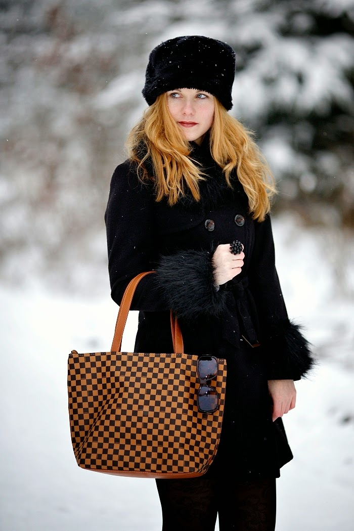 aberdeen bloggers, furry hat, how to look elegant, RGU blogger, fashion