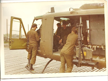 US ARMY BELL UH-1H IROQUOIS (HUEY)