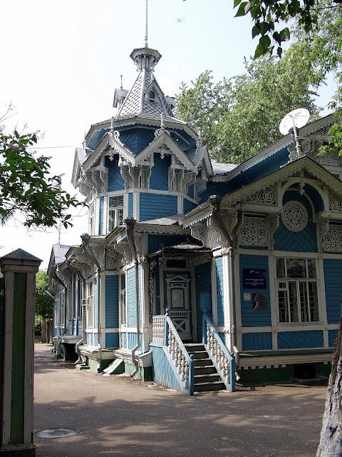Томск  - волшебные дома