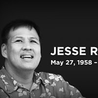 Filipinos Mourn a Great Man in Secretary Robredo