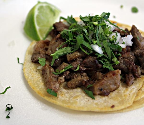 En colombia comemos fr0edjoles todo el tiempo y cada familia tiene su propia receta