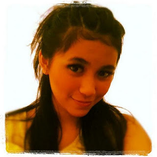 Ashilla Zahrantiara ( Shilla BLINK )