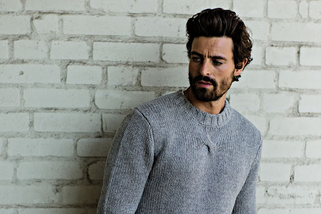 вязаный свитер мужчинам