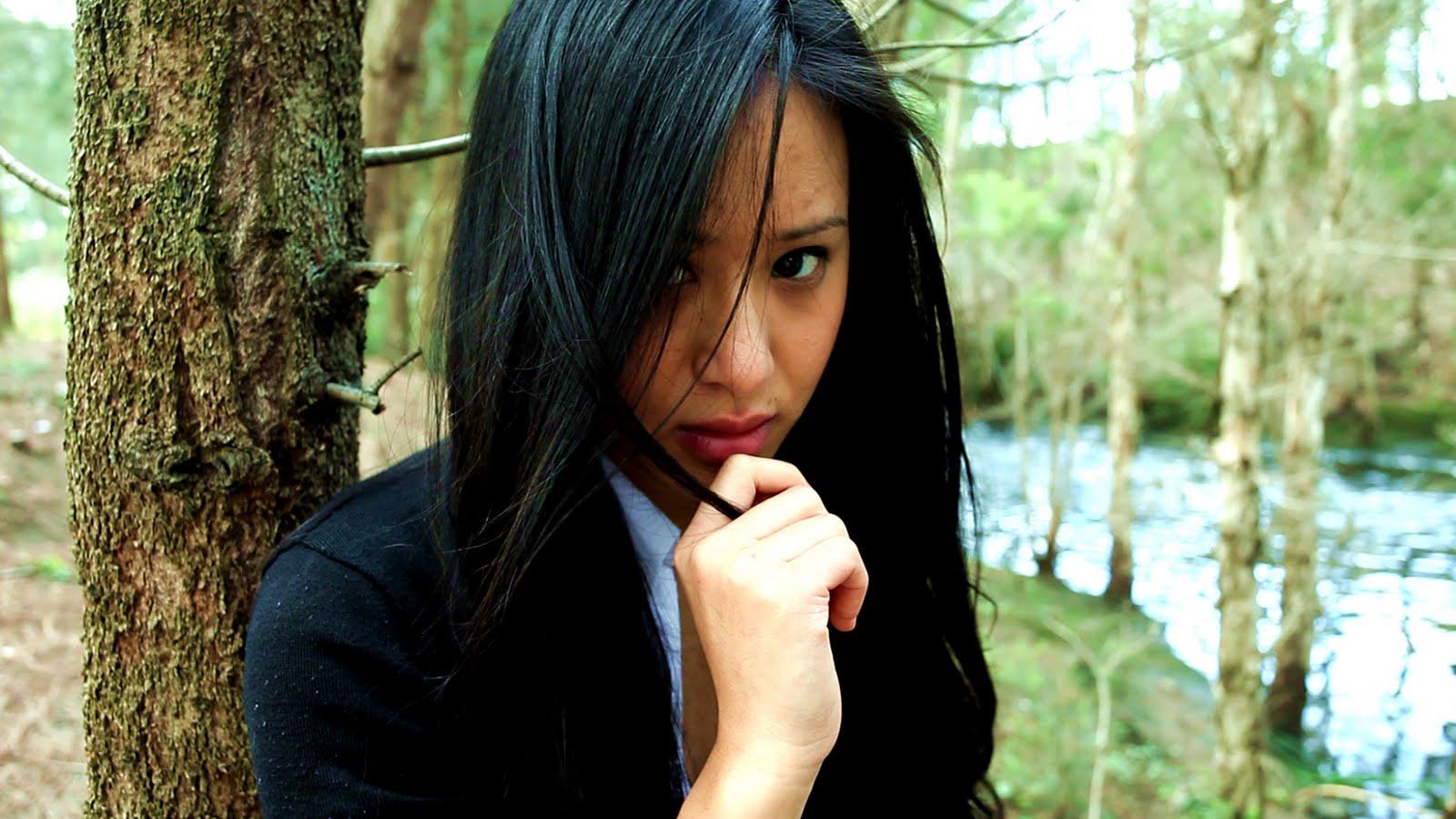 Maria Tran Nude Photos 32