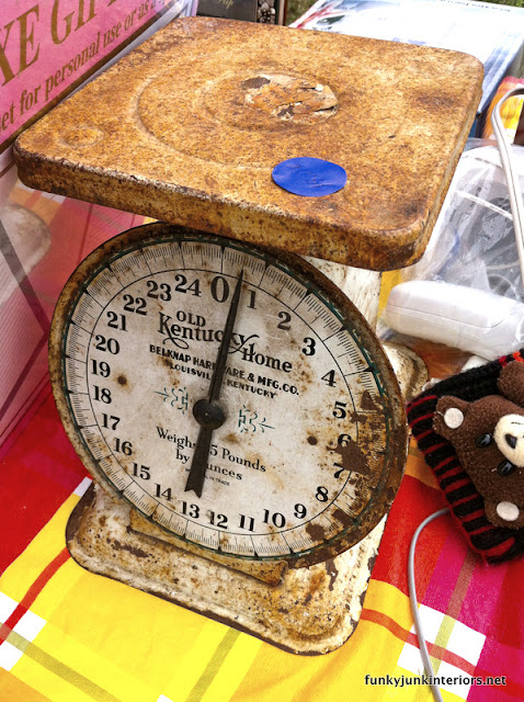 old rusty  kitchen scale from Kentucky