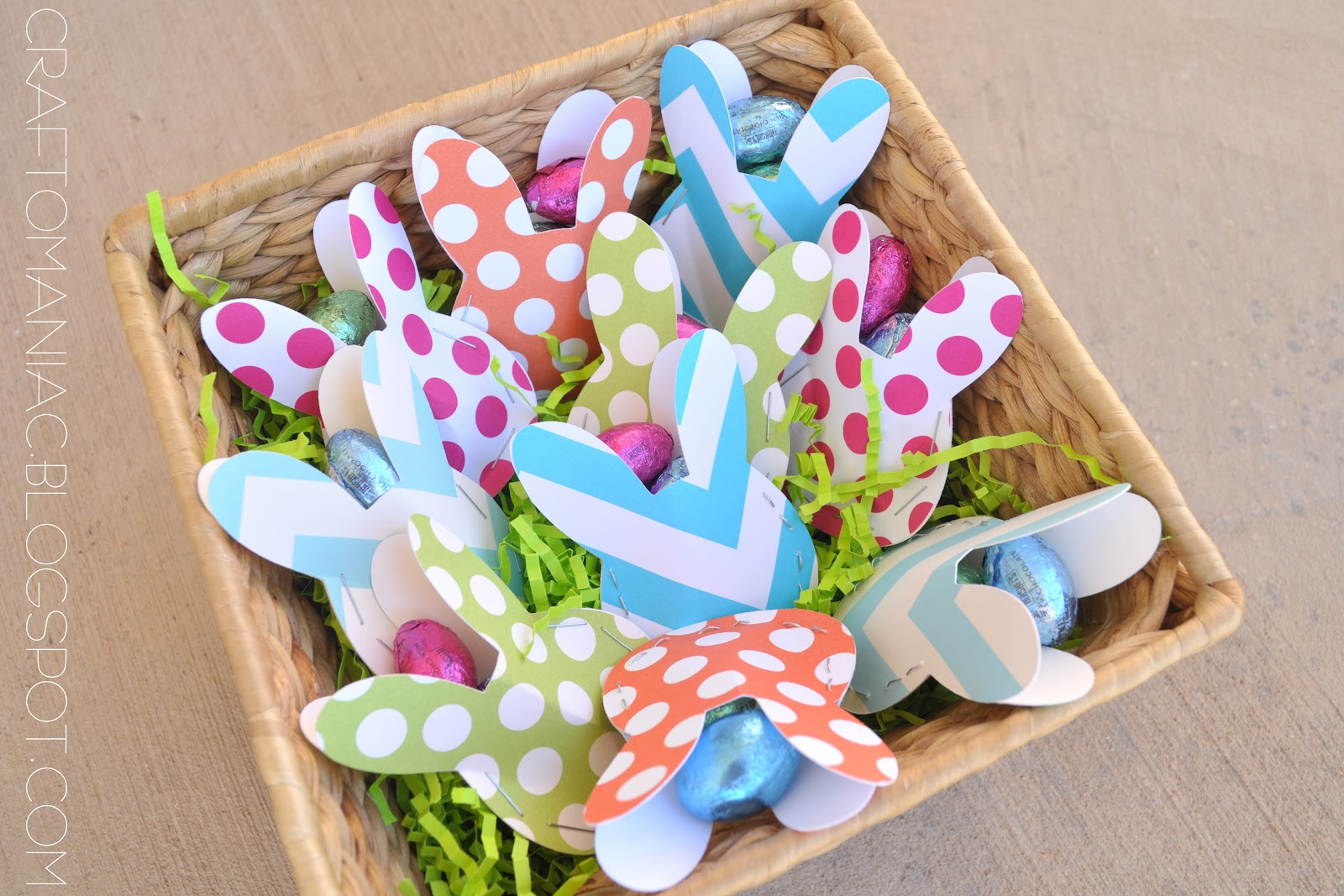 Easter table treat favors craft o maniac