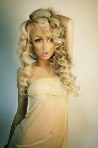 http://2.bp.blogspot.com/-TN24TcpqUpM/VRUXQIPSBYI/AAAAAAAAJdU/XDrpSsSg5u4/s1600/Lily%2BKish.jpg