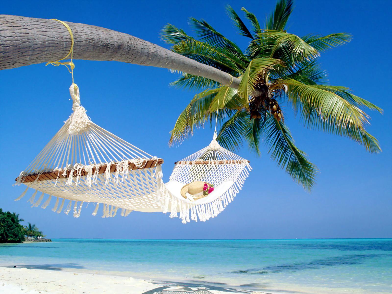 http://2.bp.blogspot.com/-TN95H8XGli0/UHZ8iwMapNI/AAAAAAAAIlM/8Dp7kbpAYWQ/s1600/beach-wallpaper-hd-35.jpg