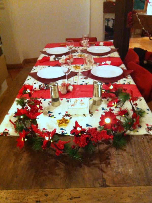Tout ce que Jackyie aime: Une autre table de Noël ... Housse De Chaise Pour Noel on