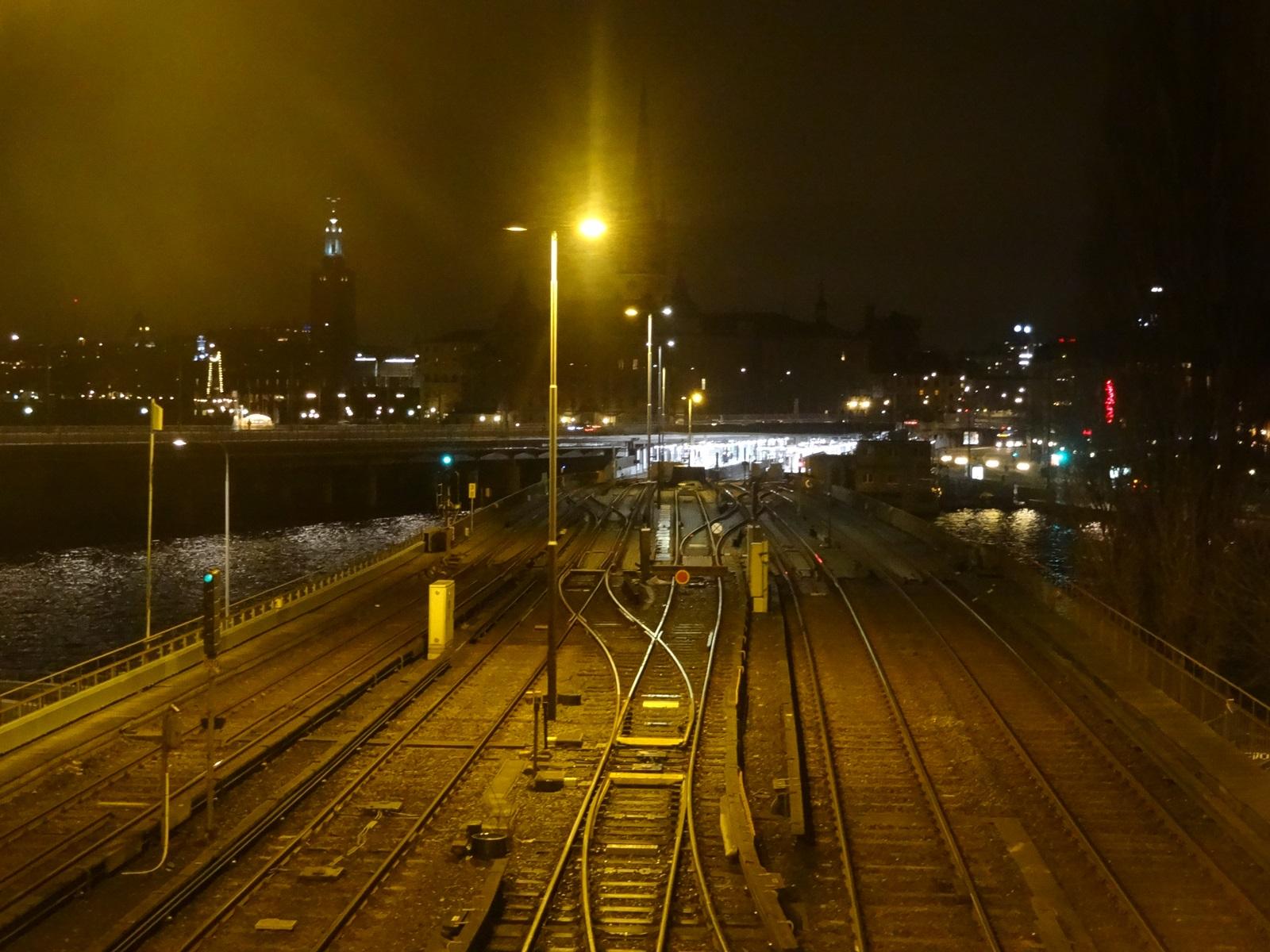14 tory kolejowe slussen stockholm