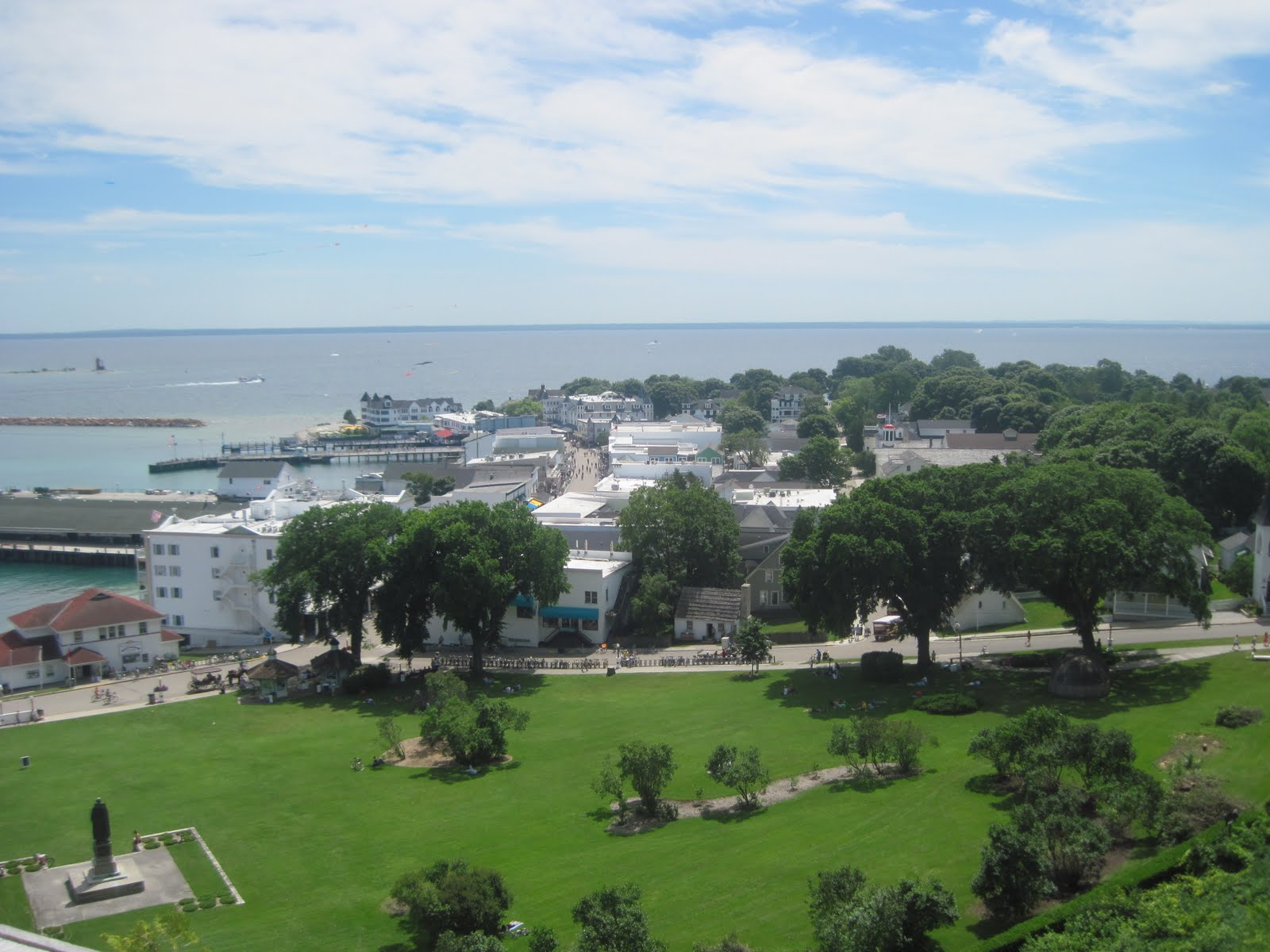 Download this Haldimand Bay Many The Island Popular Sites Fort Mackinac picture