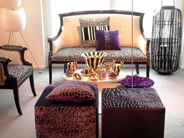 schlafzimmer männlich ambiente graue wandfarbe teppich