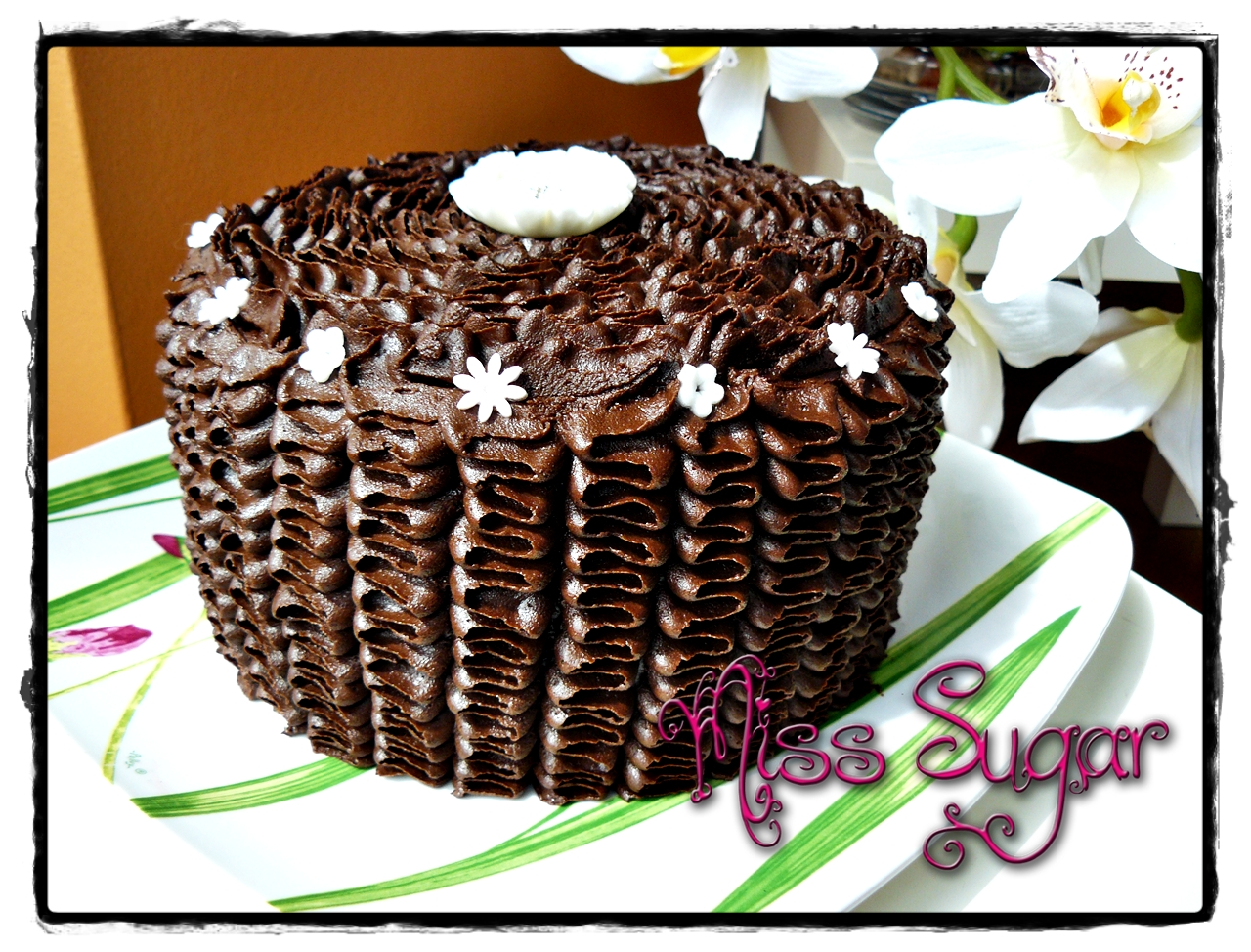 Miss Sugar: CHOCOLATE EXTREME CAKE RELLENA DE GANACHÉ DE MARSHMALLOWS ...