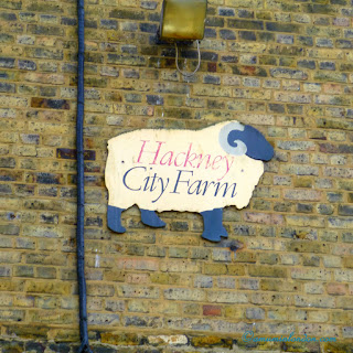 London City Farms, A Mum in London