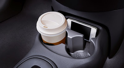 Front Console Cup Holder and Utility Well