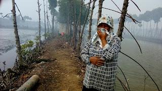Pasca Kebakaran Sampah TPA Degayu, Kabut Asap Mulai Ganggu Warga