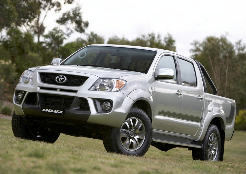 World Car Wallpapers 2011 Toyota Hilux