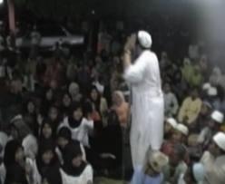 Contoh Naskah Pidato Agama Islam: Hikmah Dan Keutamaan Sholawat