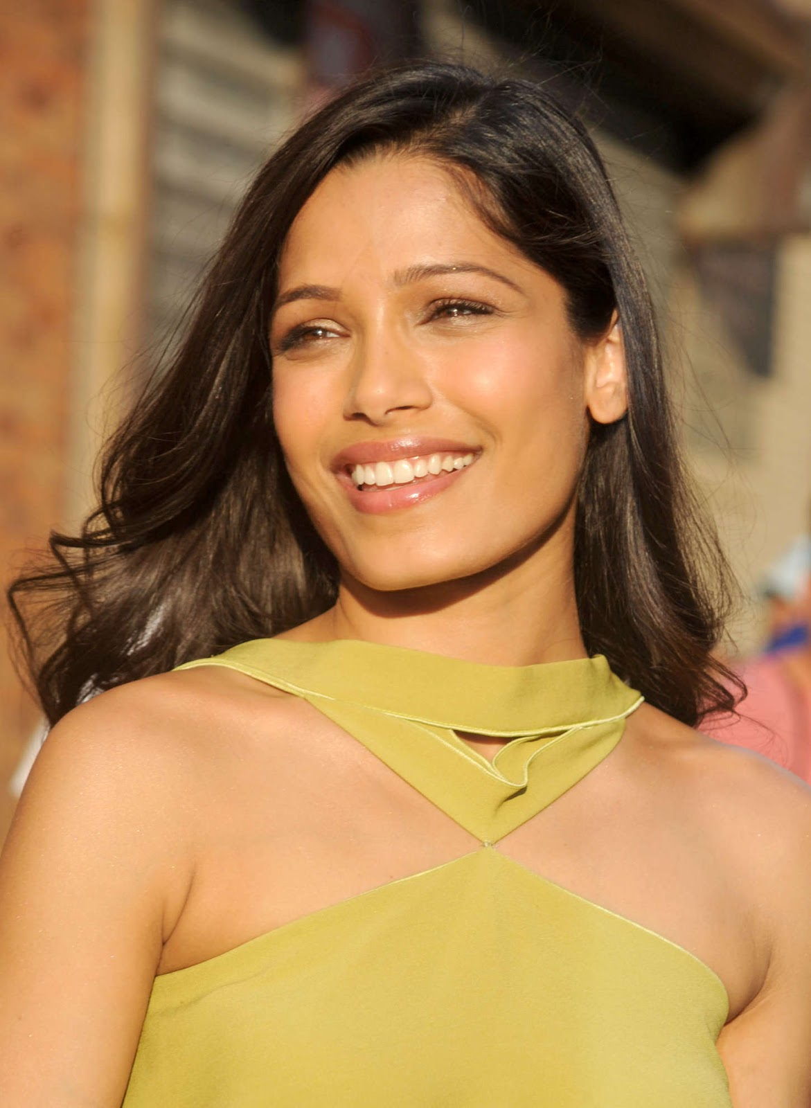 Freida Pinto – Leaves 'Daily Show With Jon Stewart' in New ... Freida Pinto