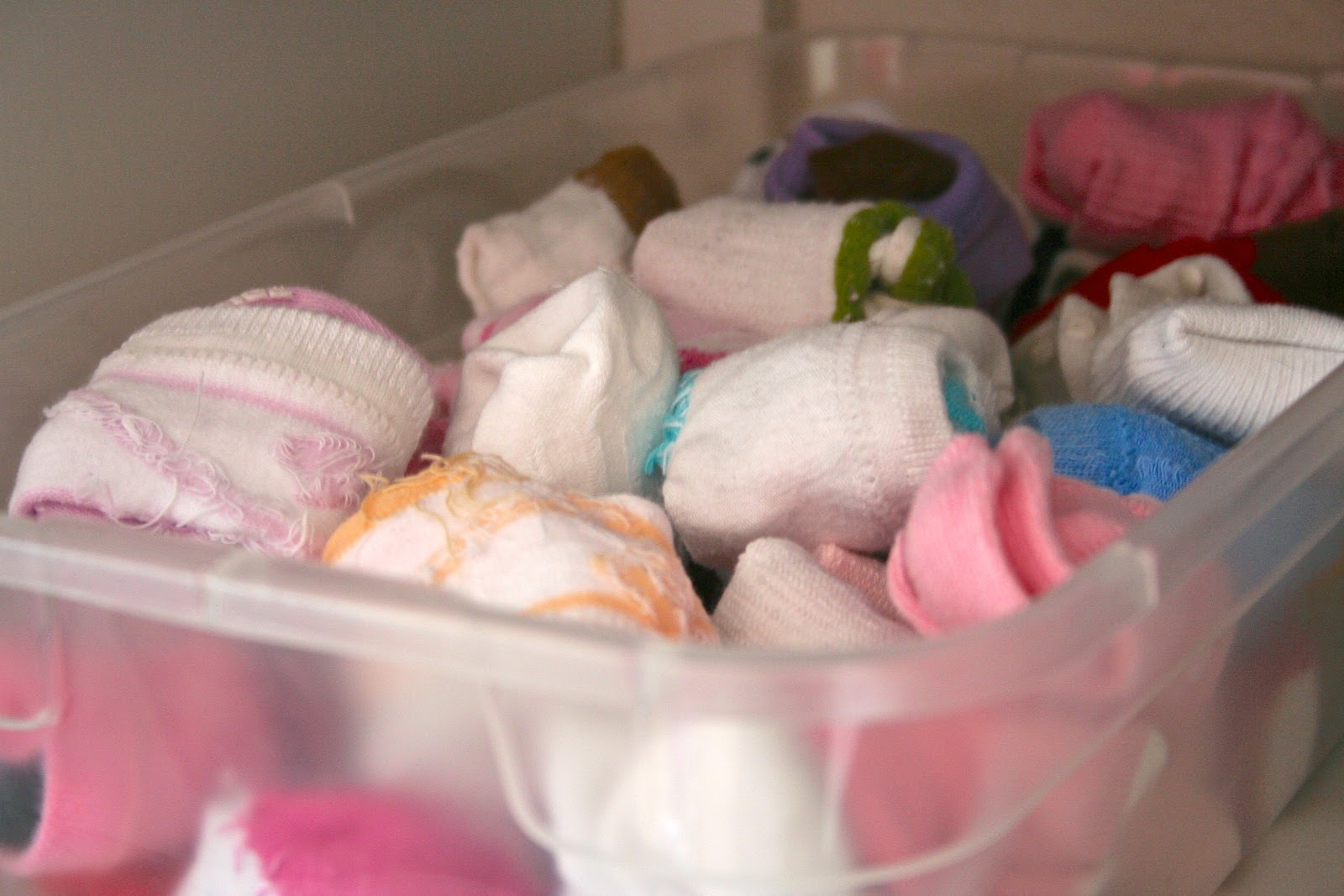 Be Sweetly Inspired: An organized baby girl closet!