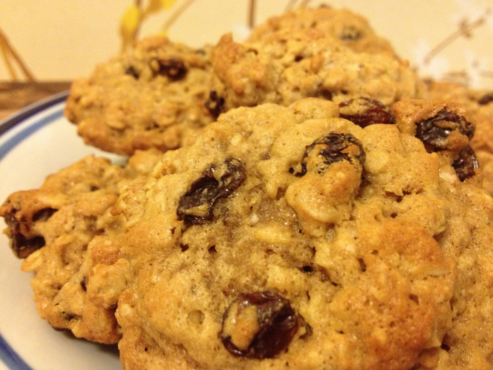 Recipe: Bourbon Oatmeal Raisin Cookies | Bourbon & Chocolate