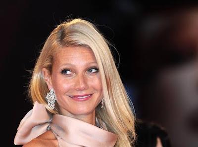 """buongiornolink - Gwyneth Paltrow, dal suo blog una nuova bufala """"il reggiseno provoca il cancro"""""""