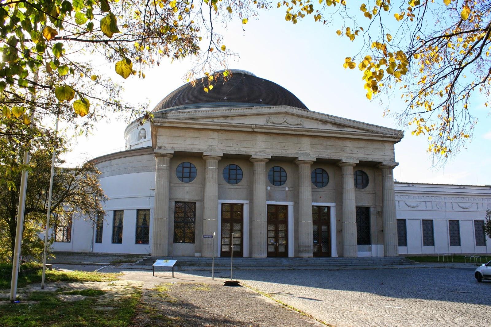 Kreis'scher Kuppelbau - Messehalle 16