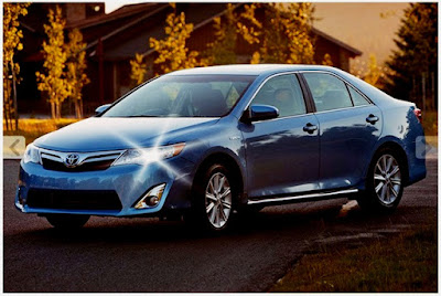 2014 Toyota Camry Hybrid XLE Redesign 2017 Blue