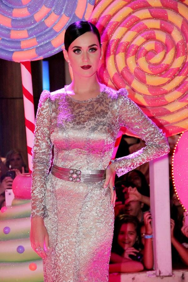 Katy+Perry+ +Part+of+Me+premiere+in+Rio+de+Janeiro+July+30,+2012+3 Katy Perry Photos in Part of Me Premiere