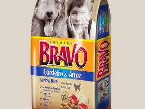 Bravo cordeiro e arroz