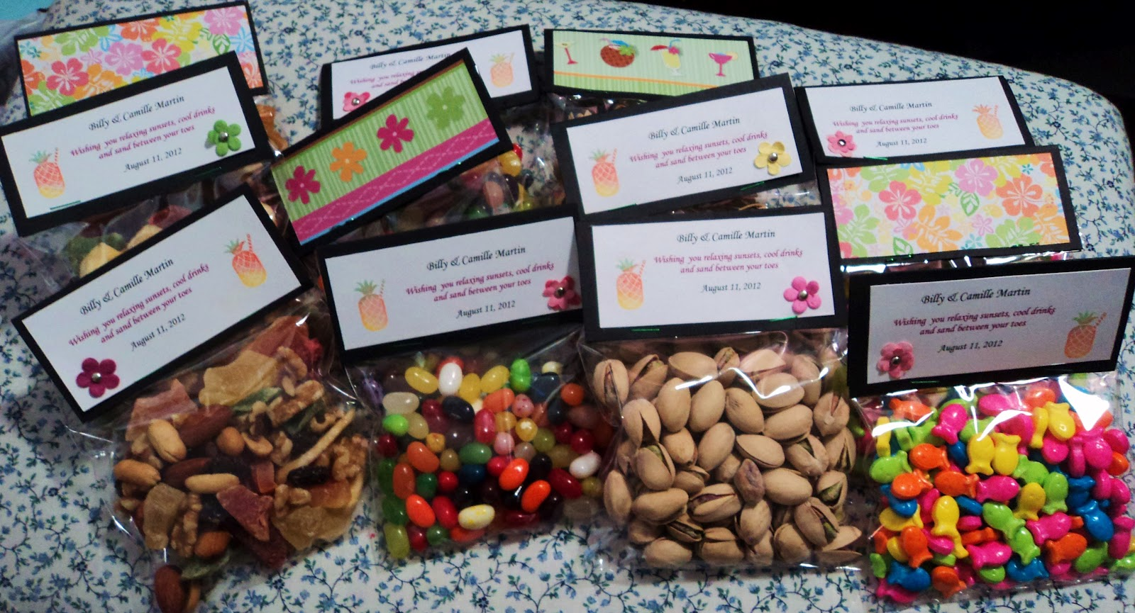 trail mix wedding favors