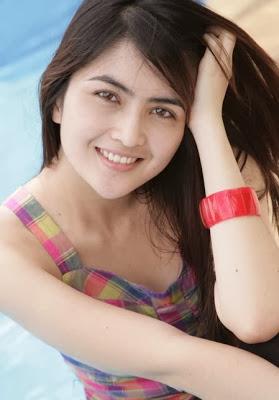 Foto Wanita Indonesia Tercantik