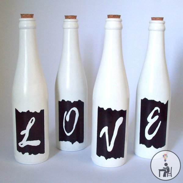 blogagem coletiva, reciclagem ,garrafas, vidro, decoração, atelier wesley felicio, love, brancas, pintura, eu que fiz, artesanal, 1 projeto por mês, poções de arte, bruxa