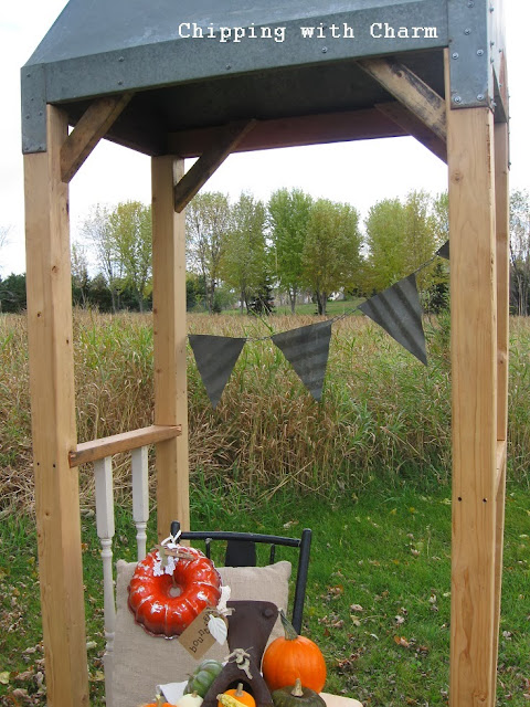 Chipping with Charm: Fall Outdoor Vignette Chicken Warmer turned Arbor http://chippingwithcharm.blogspot.com/