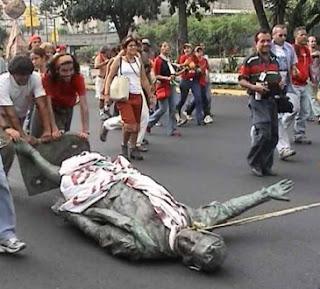 http://rupiahkiukiu-info.blogspot.com/2015/10/patung-columbos-di-venezuela-di-ganti.html